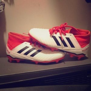 Adidas Predator Soccer Cleats.Good Ankle Support.